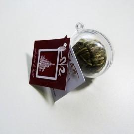 Boule transparente et sa fleur de thé